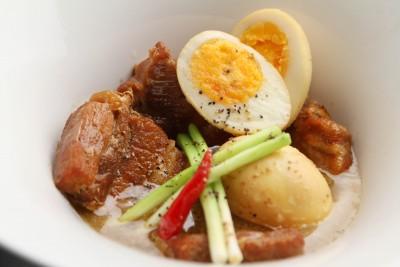 『豚肉と玉子の角煮』