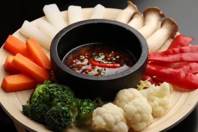 『コークエッ ベトナム風甘辛たれで食べる温野菜』
