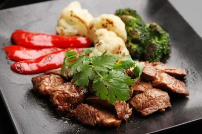 『牛肉のはちみつ焼き』
